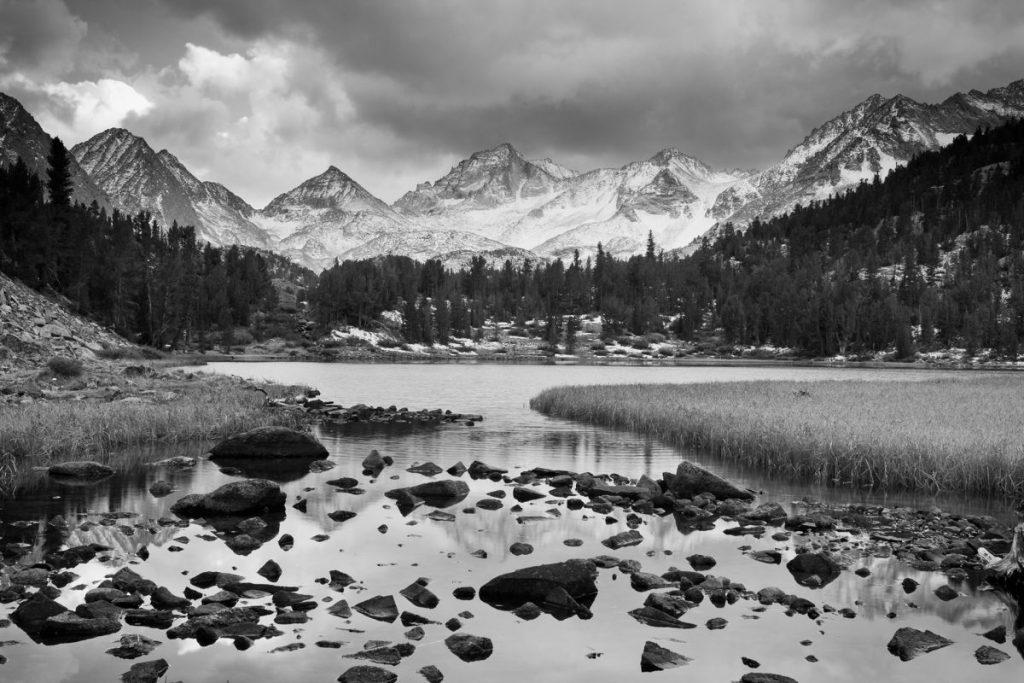 siyah-beyaz-dramatik-manzara-1024x683 Siyah Beyaz Manzara Fotoğrafçılığı İçin 5 İpucu