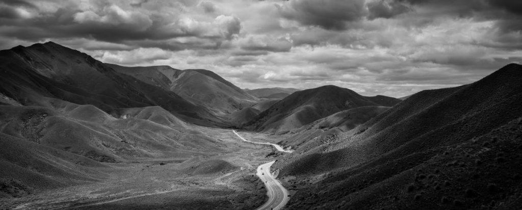 siyah-beyaz-manzara-fotografi-yol-1024x413 Siyah Beyaz Manzara Fotoğrafçılığı İçin 5 İpucu