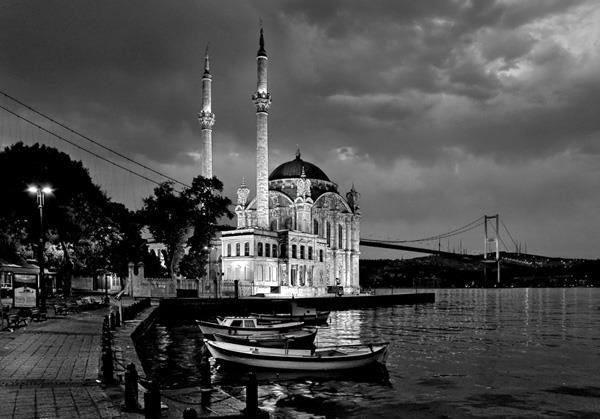 siyah-beyaz-manzara-fotograflari-ortakoy Siyah Beyaz Manzara Fotoğrafçılığı İçin 5 İpucu