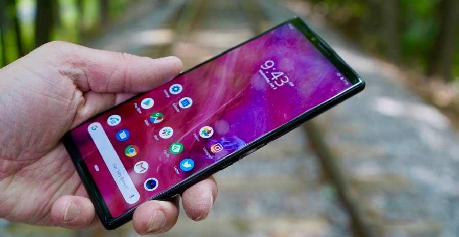 sony-xperia-1-cep-telefonu-on Sony Xperia 1: 2019 Yılının Cep Telefonu